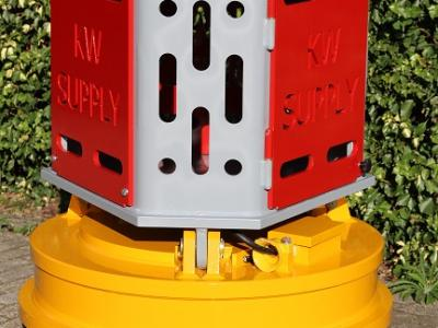 NEW !!! Wirelessly operated diesel powered magnet €25.000,-